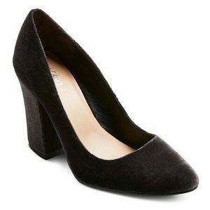 NWT Mossimo's Grey Velvet Abigail Block Heel Shoes